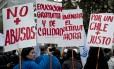 Trabalhadores chilenos protestam contra desigualdade no Primeiro de Maio: tema é uma das bandeiras dos ex-líderes universitários eleitos para o Congresso