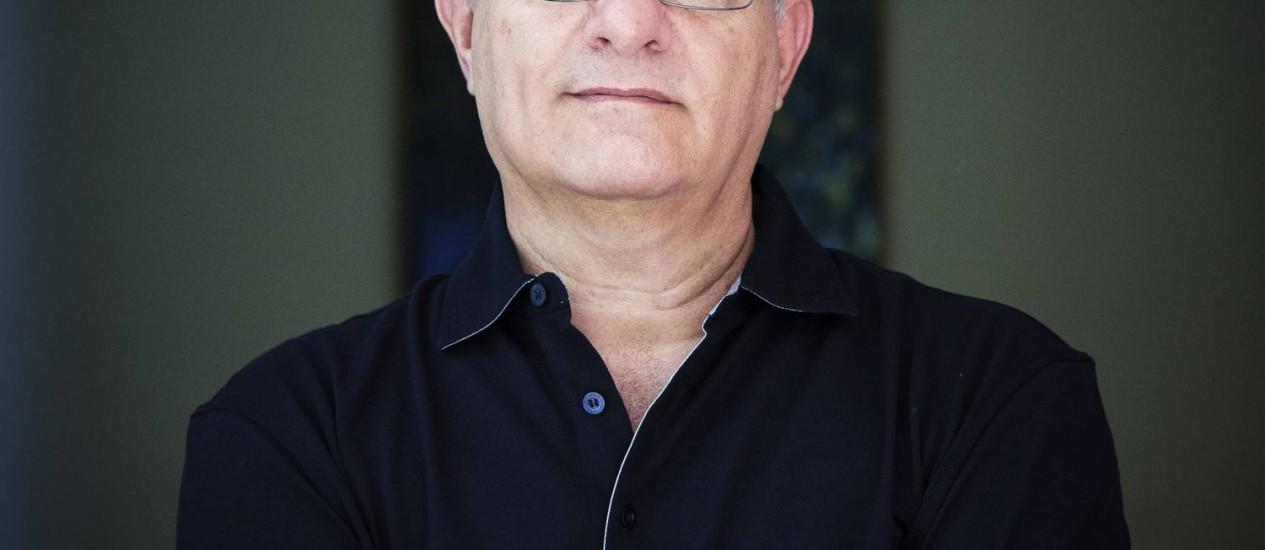 O jornalista Luis Erlanger lança 'Antes que eu morra' Foto: Divulgação / Leo Aversa