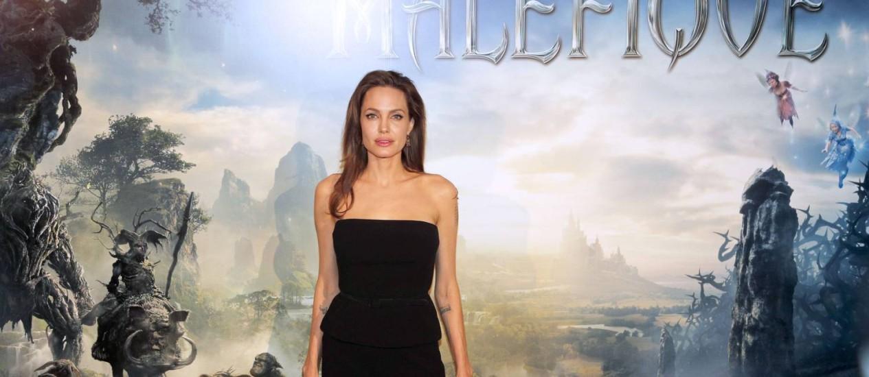 Angelina Jolie posa durante a apresentação do novo filme da Disney 'Malévola' Foto: FRANCOIS GUILLOT / AFP