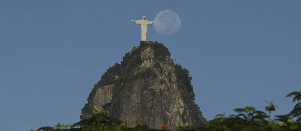 Monumento é um dos cartões-postais do Rio Foto: Márcia Foletto / Agência O Globo