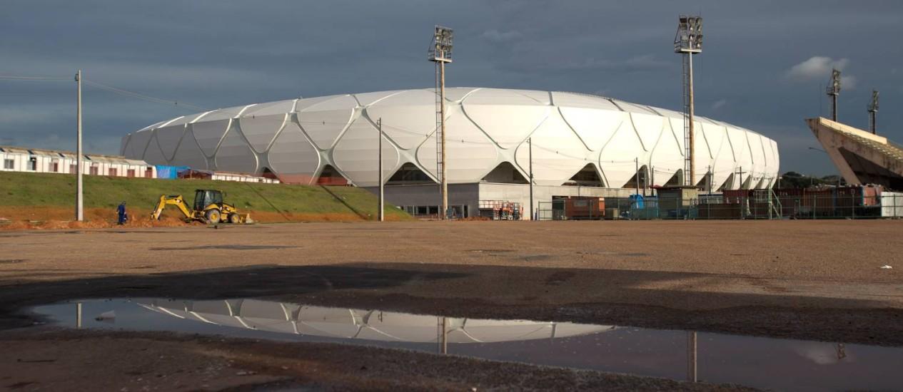 O prefeito de Manaus propôs a venda da Arena Amazônia Foto: Alexandre Cassiano / O Globo