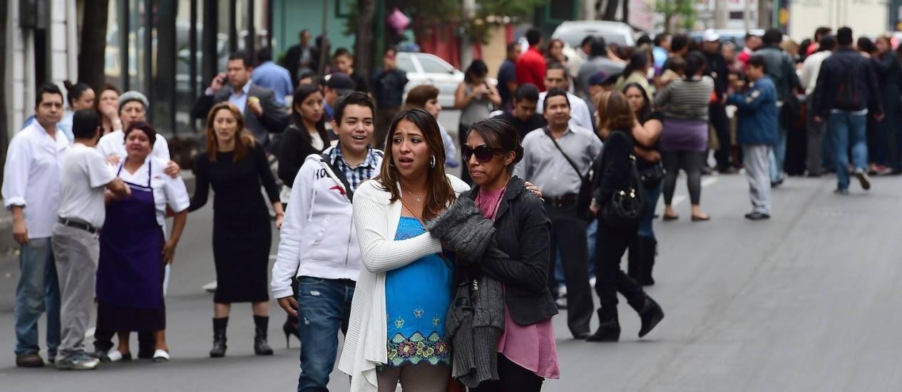 O terremoto deixou muitos mexicanos assustados na capital Foto: RONALDO SCHEMIDT / AFP