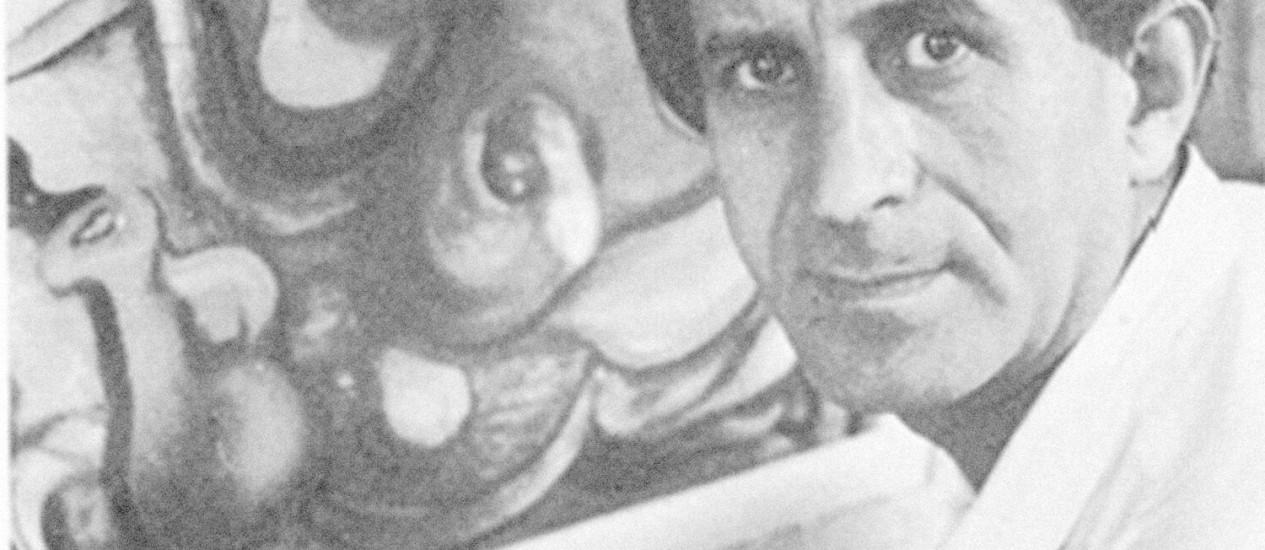 O artista em 1949, quando trocou o Rio por Nova York: nas duas cidades, fez cenografia em cinema para se manter Foto: Divulgação