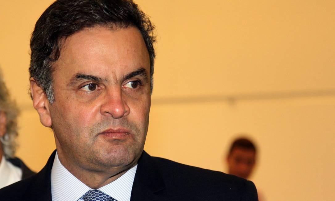 O senador Aécio Neves considera a CPI instaurada como uma vingança Foto: / Fernando Donasci / Agência O Globo