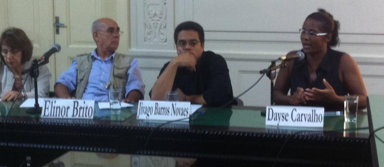 Audiência da Comissão da Verdade, na Assembléia Legislativa, no Rio de Janeiro, comemora um ano de investigações e chama a atenção para casos atuais Foto: Rafaela Marinho/O Globo