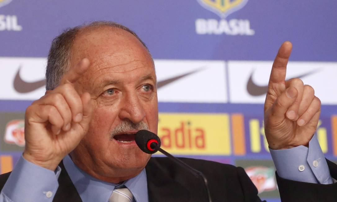 Felipão durante a convocação do Brasil para a Copa Foto: Ivo Gonzalez / Agência O Globo