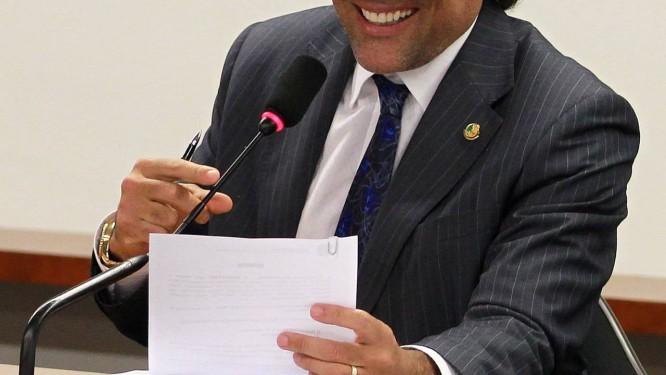 Senador Lobão Filho Foto: Ailton de Freitas / Arquivo O Globo - 04/06/2013