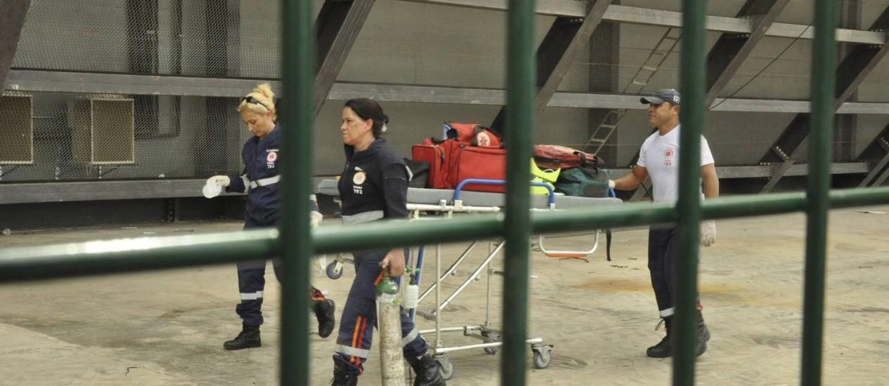 Vítima de uma descarga elétrica, operário morreu nas obras da Arena Pantanal na quinta-feira Foto: STRINGER/BRAZIL / REUTERS