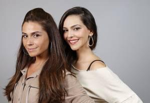 """Giovanna Antonelli e Taina Müller ensaiam um caso na novela """"Em família"""" Foto: Simone Marinho"""