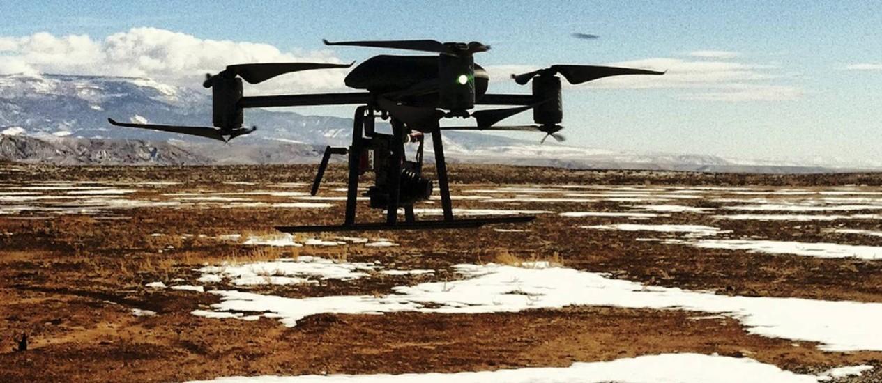 Modelo de drone: aeronave similar quase se chocou com um avião da American Airlines Foto: REUTERS