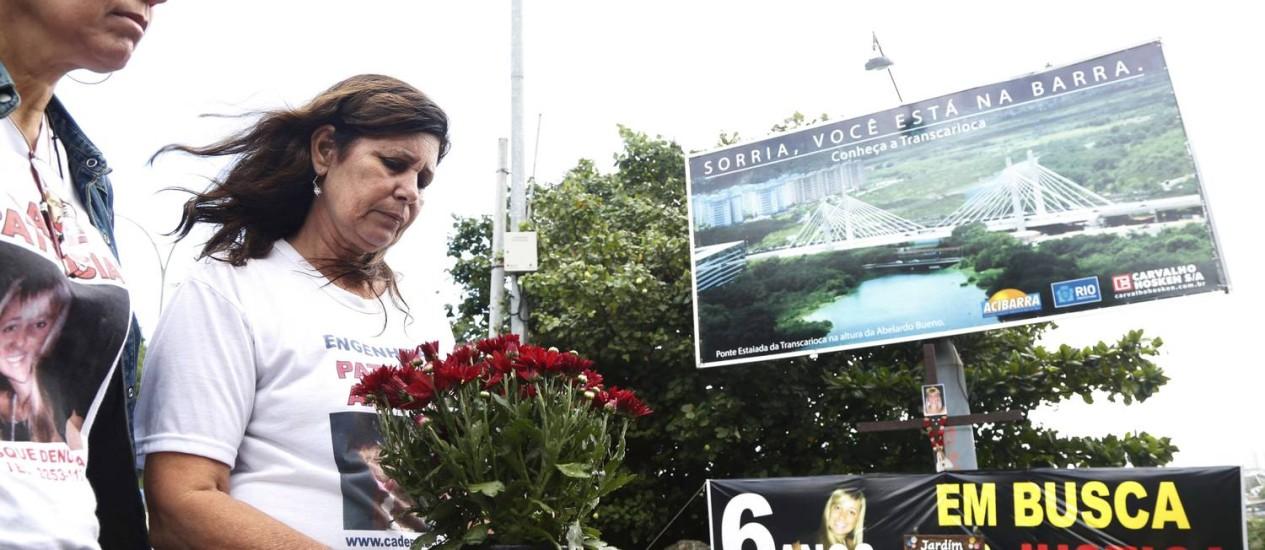 Tia e mãe de Patricia prestam homenagem na Barra - Foto: Ana Branco / Agência O Globo