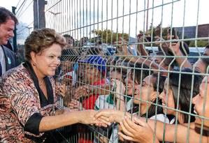 Dilma em inauguração de escola e entrega de ônibus escolares Foto: Terceiro / Roberto Stuckert Filho/PR