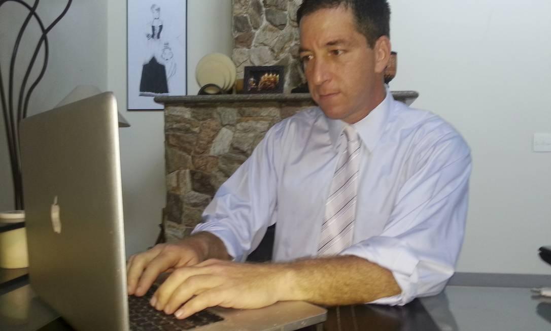 Premiado. O jornalista americano Glenn Greenwald: denúncias renderam Pulitzer 2014 à equipe do 'Guardian' Foto: DAVID DOS SANTOS / NYT