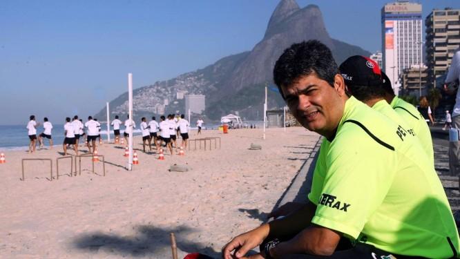O técnico Ney Franco em 2007, na época em que comandava o Flamengo Foto: Cezar Loureiro / Agência O Globo