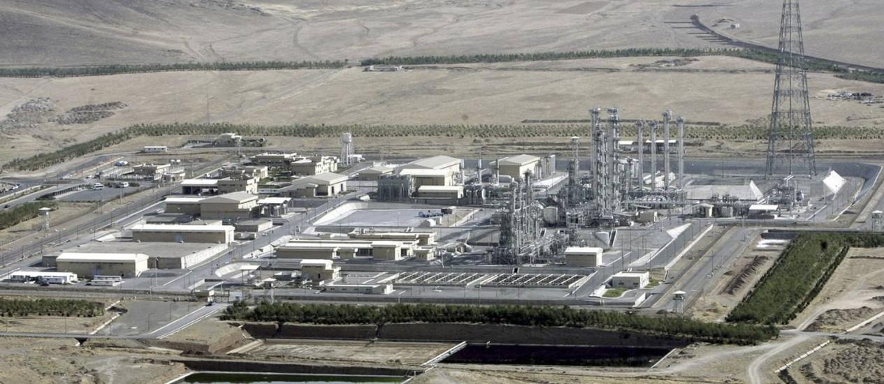 O reator de água pesada em Arak, na região central do Irã, tem sido ponto de discórdia nas negociações nucleares Foto: Arash Khamoushi / AP