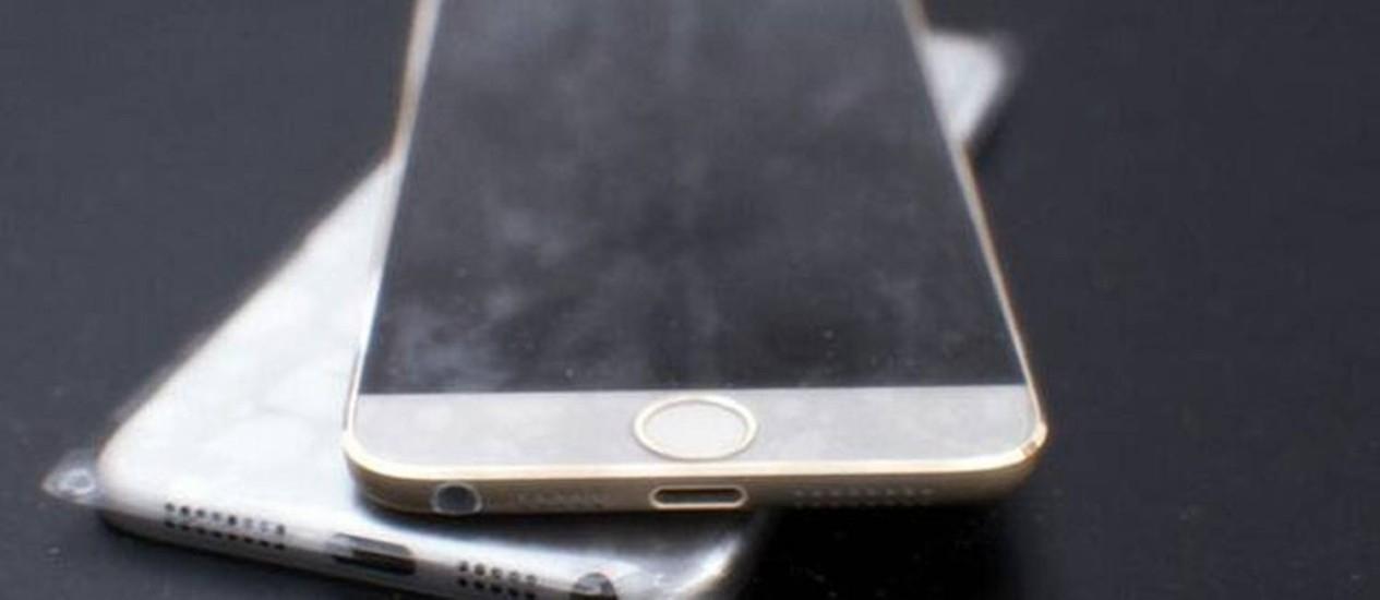 Uma das muitas imagens vazadas do que pode ser o próximo iPhone. Porém, não é possível garantir que não se trata de montagem Foto: Reprodução