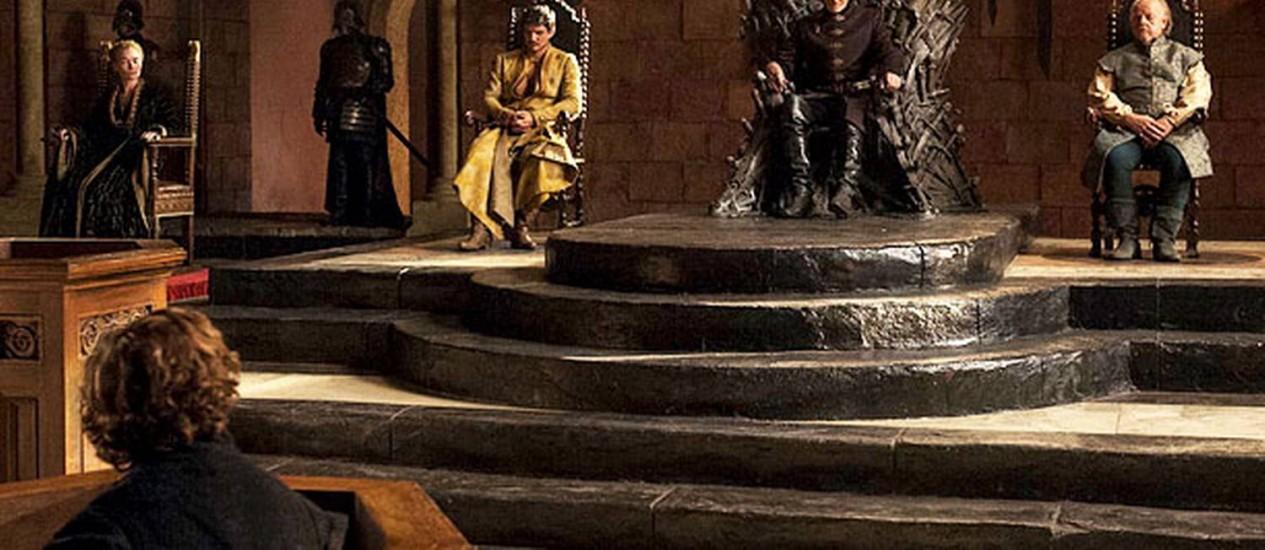 Cersei, Oberyn, Tywin e Mace encaram Tyrion Lannister Foto: HELEN SLOAN / Divulgação