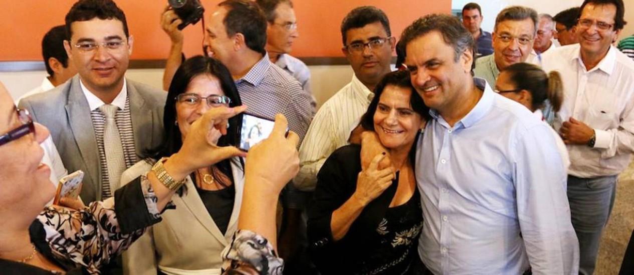 Aécio Neves se reúniu com aliados políticos em Feria de Santana, na Bahia Foto: Divulgação