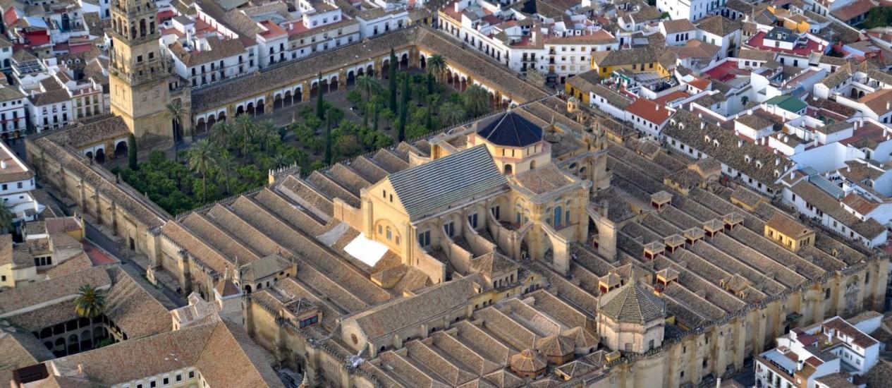Construída em 780 como uma mesquita, a construção agora funciona como uma catedral Foto: Reprodução/Wikipedia
