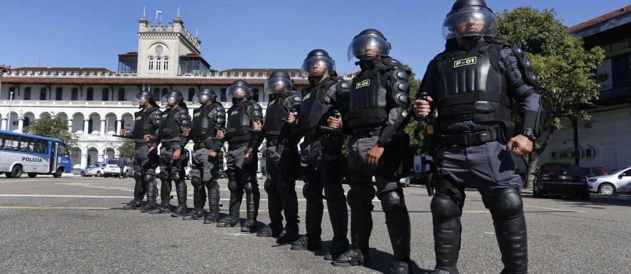 Novo Batalhão de Grandes Eventos, que funciona junto ao Batalhão de Choque, conta com 600 homens Foto: Daniela Hallack Dacorso / Agência O Globo