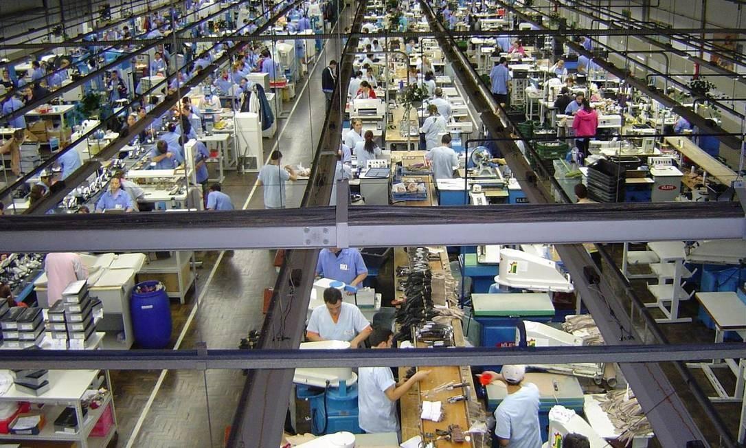 Emprego no setor registra quedas neste ano e na comparação com o mesmo período do ano passado Foto: Agência O Globo
