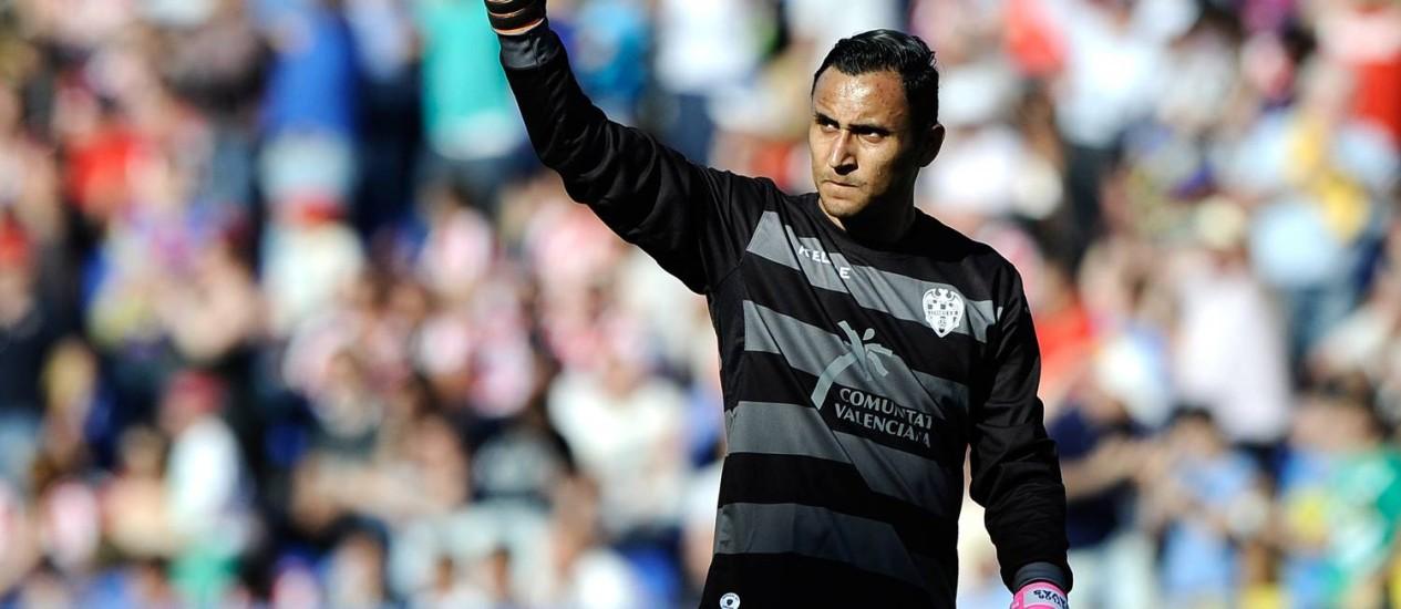 O goleiro Keylor Navas é um dos destaques da Costa Rica Foto: Jose Jordan / AFP