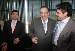 Governador de Minas Gerais, Alberto Pinto Coelho, (de óculos)defende que PP apoie Aécio Neves Foto: Ailton de Freitas / O Globo