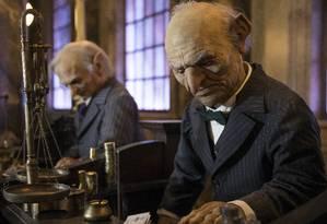 Em detalhes, os realistas bonecos de duendes que ocuparão o lobby do Banco de Gringotes. Espaço abrigará a principal atração da nova área de Harry Potter no Universal Studios Flórida, em Orlando, com inauguração prevista para o verão de 2014 do Hemisfério Norte Foto: KEVIN KOLCZYNSKI / UNIVERSAL ORLANDO