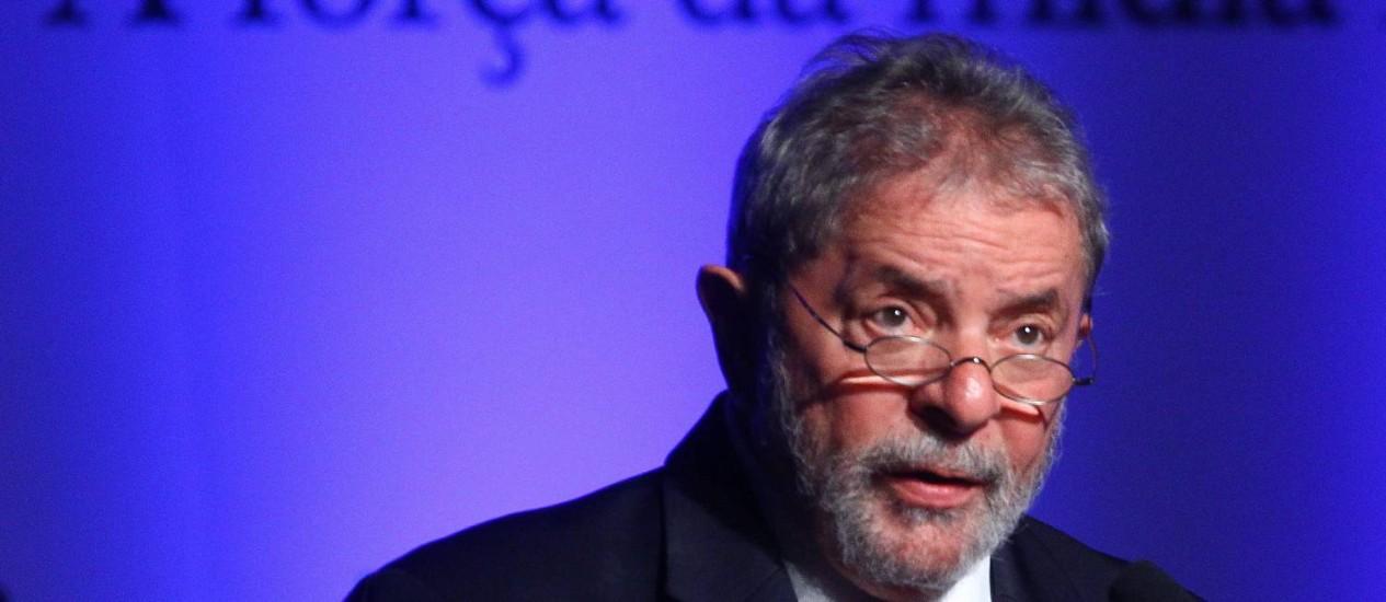 O ex-presidente Lula participa do II Congresso de Diários do Interior, em Brasília. Foto: André Coelho / O Globo