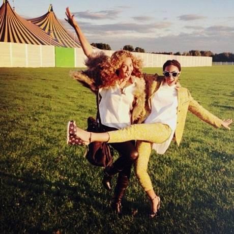 Beyonce publica foto com a irmã Solange no Instagram Foto: Reprodução