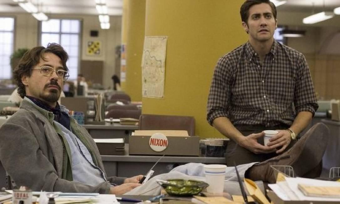 Robert Downey Jr e Jake Gyllenhaal em cena do filme 'Zodíaco', de 2007
