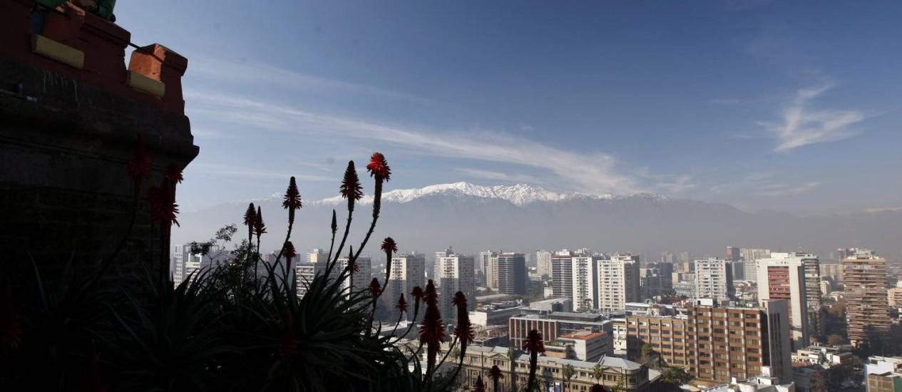 Santiago do Chile visto do Cerro Santa Lucia Foto: Custodio Coimbra / O Globo