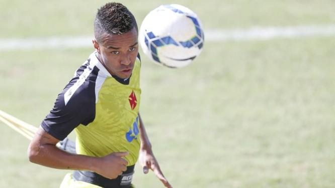 Rafael Silva deve ser titular no jogo do Vasco contra o Náutico Foto: Alexandre Cassiano / Agência O Globo