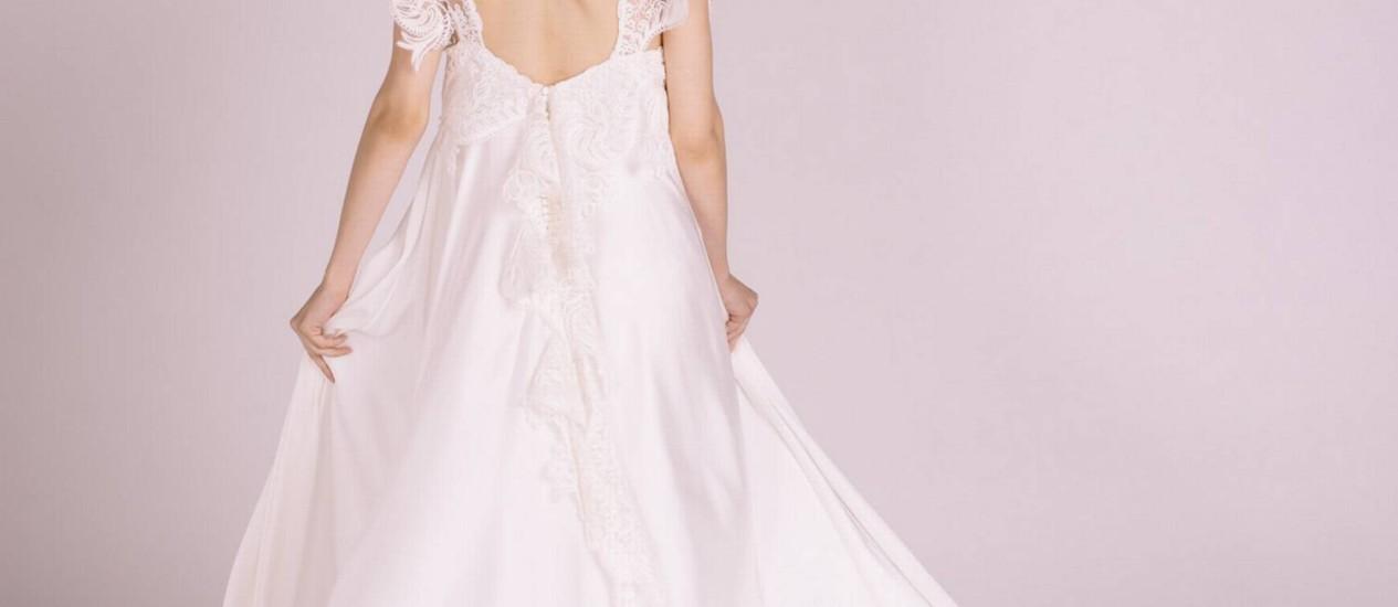 Vestido de noiva sem o uso de matéria-prima de origem animal Foto: Divulgação/Flavia Iacovone