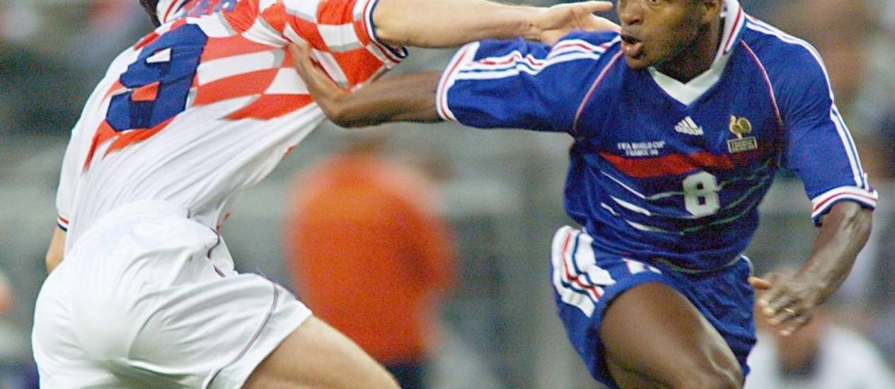 Desailly durante jogo da Copa de 98 contra a Croácia Foto: Philippe Huguen / Arquivo O Globo