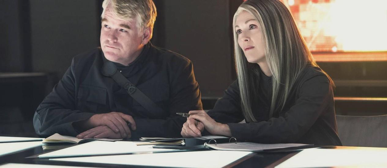 Philip Seymour Hoffman e Julianne Moore caracterizados para 'A Esperança – Parte 1': computação gráfica garantirá participação do ator Foto: Divulgação