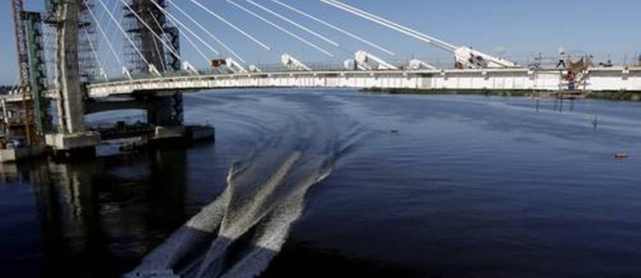 A ponte estaiada, na saída da Ilha do Governador, será uma homenagem ao ex-prefeito Pereira Passos Foto: Custódio Coimbra / Agência O Globo