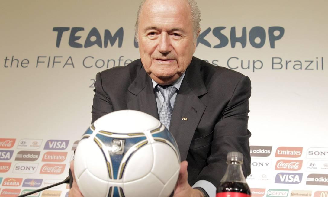 Joseph Blatter, presidente da Fifa, assumiu erro na escolha do Catar como sede da Copa do Mundo de 2022 Foto: / Eliaria Andrade - Agência O Globo