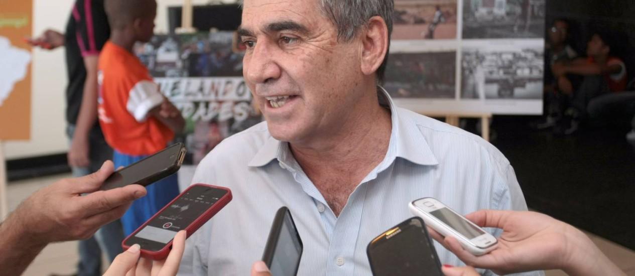 Em Recife, o ministro Gilbertto Carvalho participa de um evento da Visão Mundial Internacional Foto: Hans von Manteuffel /Agência O Globo