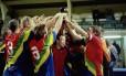A seleção de Sápmi comemora o primeiro título da Copa do Mundo Viva para seleções não filiadas à Fifa