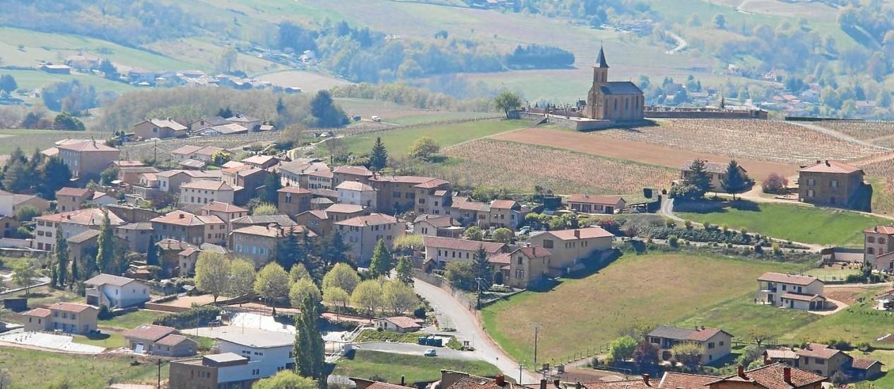 Vista da região a partir da antiga aldeia de Oingt Foto: Bruno Agostini / O Globo