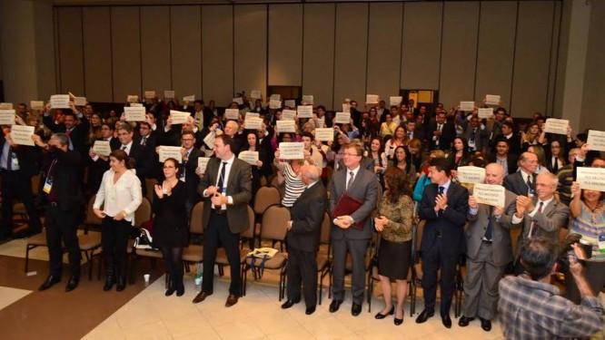 Participantes do 12º Congresso Brasileiro de Direito do Consumidor defendem a revisão do Código Foto: Divulgação/ Brasilcon