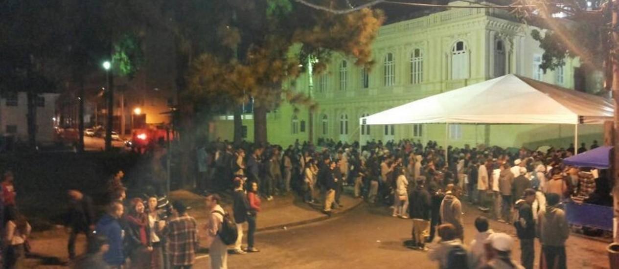 Evento em praça no Centro de Petrópolis gera polêmica Foto: Jaqueline Ribeiro