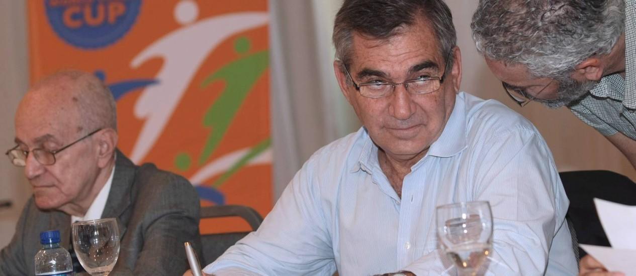 Carvalho diz que brasileiro passará a apoiar a Copa do Mundo Foto: Hans von Manteuffel / Agência O Globo