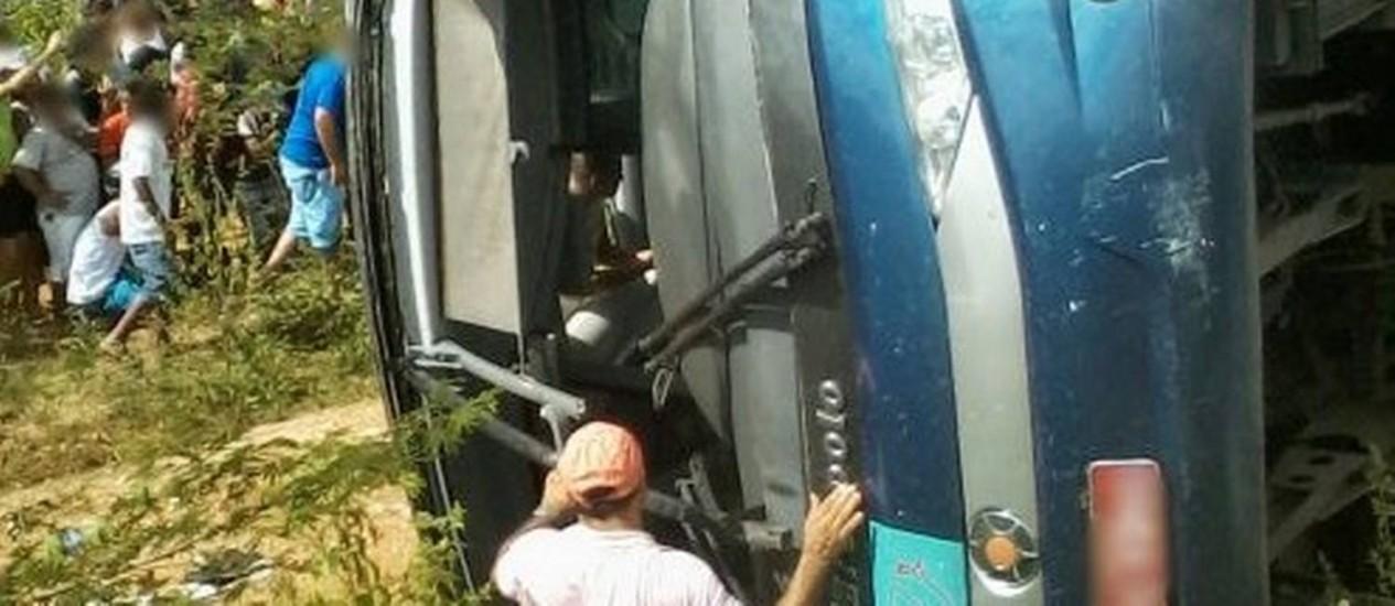 Acidente teve pelo menos vinte mortes Foto: Portal Canindé / O Povo On Line