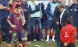 O time do Barcelona desapontado com a perda do título. Clube vai passar por mudanças profundas