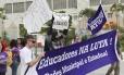 Professores da rede municipal e estadual protestam no Parque Madureira