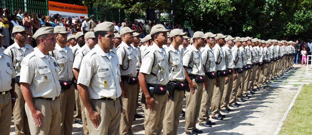 Formatutura de guardas municipais do Rio de Janeiro Foto: Domingos Peixoto / O Globo