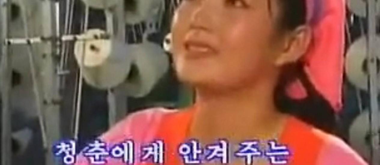A cantora Hyon Song-wol teria sido executada sob acusação de gravar vídeos pornográficos Foto: Reprodução Youtube