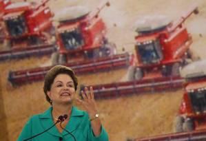 A presidente Dilma Roussef na cerimônia de lançamento do Plano Agrícola e Pecuário 2014/2015 no Planalto Foto: ANDRE COELHO/Agencia O Globo / Agência O Globo